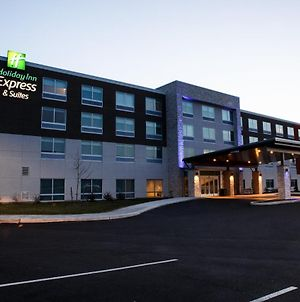 Holiday Inn Express & Suites Gettysburg photos Exterior