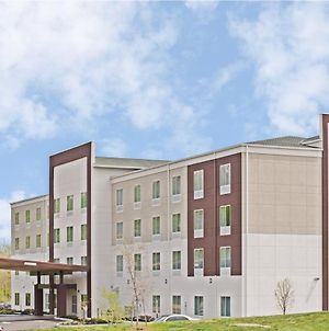 Holiday Inn Express & Suites New Cumberland, An Ihg Hotel photos Exterior