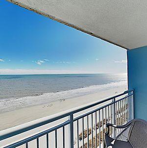 New Listing! Oceanfront Condo W/ Balcony & Pools Condo photos Exterior