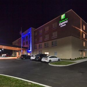 Holiday Inn Express & Suites Indianapolis Nw - Zionsville photos Exterior