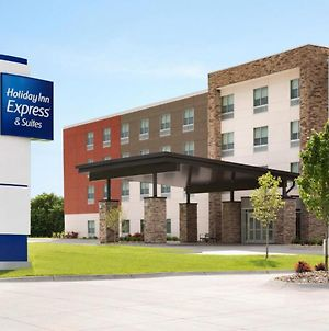 Holiday Inn Express And Suites Nebraska City photos Exterior