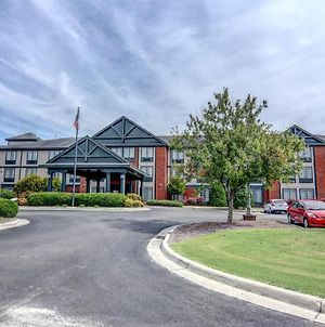 Holiday Inn Express & Suites Wallace-Hwy 41, An Ihg Hotel photos Exterior
