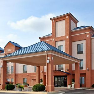 Holiday Inn Express & Suites Lansing-Leavenworth, An Ihg Hotel photos Exterior