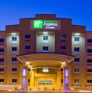Holiday Inn Express Hotel & Suites Mankato East photos Exterior