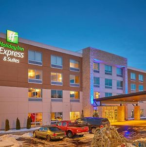 Holiday Inn Express & Suites Hermiston Downtown photos Exterior