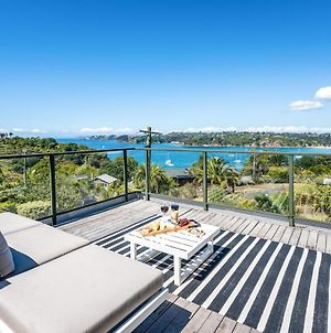 Oneroa Views With Spa Pool - Waiheke Holiday Home photos Exterior