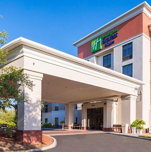 Holiday Inn Express Hotel & Suites Tampa-Anderson Road-Veterans Exp photos Exterior