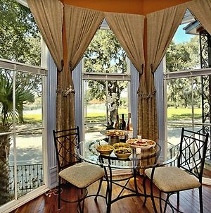 Huge Victorian Beauty Overlooking Forsyth Park photos Exterior