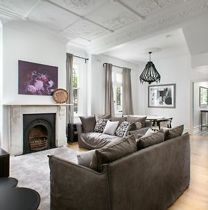 Elegant 3-Bed Heritage House Near Parks And Cafes photos Exterior