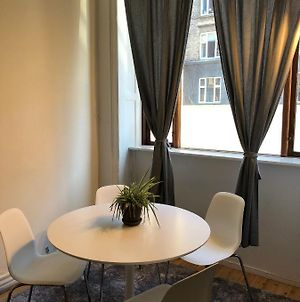 Cozy Two-Bedroom Apartment Located In The Vibrant Area Copenhagen Vesterbro photos Exterior
