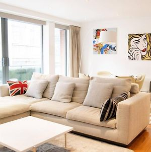 Modern 2 Bedroom Apartment With Balcony Near Oxford Street photos Exterior