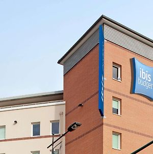 Ibis Budget Mantes La Jolie Sully photos Exterior