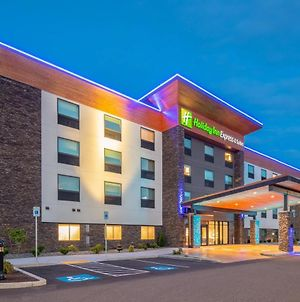 Holiday Inn Express And Suites Camas- Vancouver photos Exterior