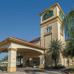 La Quinta Inn & Suites By Wyndham Lake Charles Casino Area photos Exterior