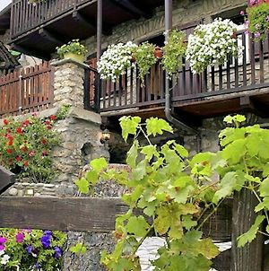 Charming Chalet With Private Sauna, In Historic Town Nearby Aosta photos Exterior