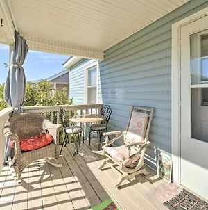 Pet-Friendly Surf City Home, Steps To Beach & Bar! photos Exterior
