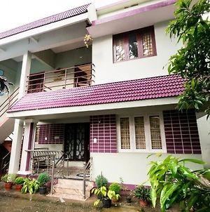 Homely 1Br Classic Stay In Kochi photos Exterior