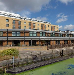 Holiday Inn London Brentford Lock photos Exterior