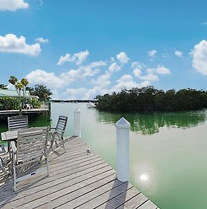Sun-Soaked Canal-Front Home With Private Dock & Pool Home photos Exterior