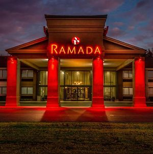 Ramada By Wyndham Tuscaloosa photos Exterior