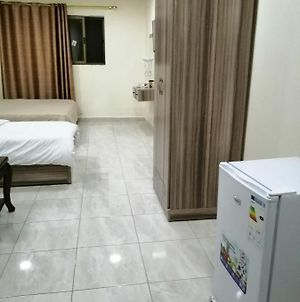 Furnished Master Room And Studio At City Center Oppsite Kfc And Pizza Hut photos Exterior