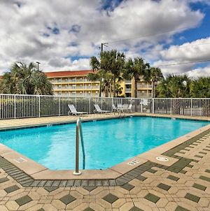 Gulf-View Condo With Pool Walk To Private Beach! photos Exterior