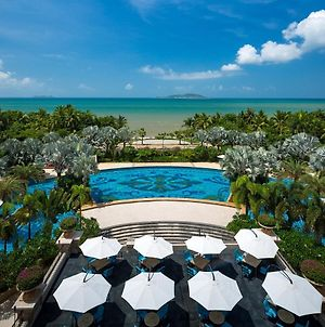 Crowne Plaza Resort Sanya Bay photos Exterior