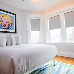 A Stylish Stay W/ A Queen Bed, Heated Floors.. #28 photos Exterior