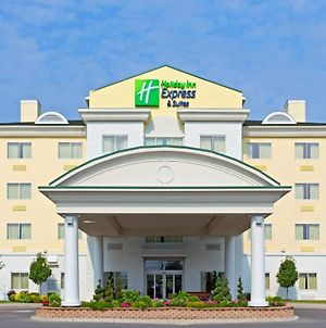 Holiday Inn Express Hotel & Suites Watertown - Thousand Islands, An Ihg Hotel photos Exterior