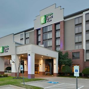 Holiday Inn Express Hotel & Suites - Irving Convention Center - Las Colinas, An Ihg Hotel photos Exterior
