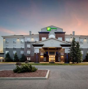 Holiday Inn Express Hotel & Suites Airdrie-Calgary North photos Exterior