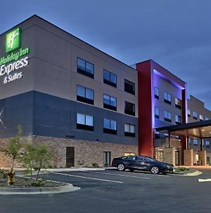 Holiday Inn Express And Suites Broomfield photos Exterior