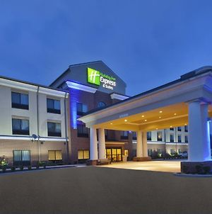 Holiday Inn Express And Suites Wheeling photos Exterior