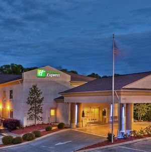 Holiday Inn Express Hotel & Suites Chattanooga Hixson photos Exterior