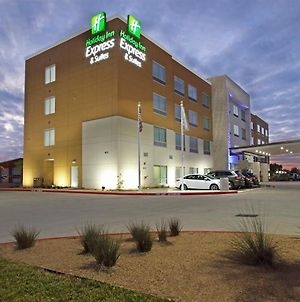 Holiday Inn Express & Suites - Brookshire - Katy Freeway, An Ihg Hotel photos Exterior