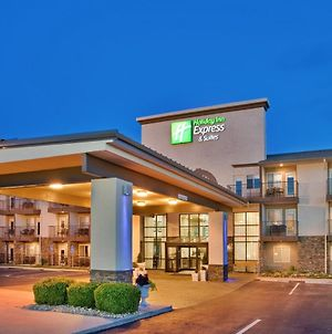 Holiday Inn Express Hotel & Suites Branson 76 Central, An Ihg Hotel photos Exterior
