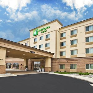 Holiday Inn & Suites Green Bay Stadium photos Exterior
