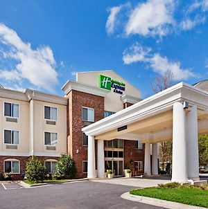 Holiday Inn Express Hotel & Suites Cherokee / Casino photos Exterior