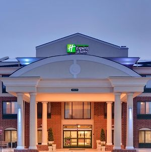 Holiday Inn Express Hotel & Suites - Novi photos Exterior