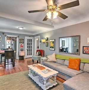 Eclectic Abode With Sunroom - 2 Mi To Downtown photos Exterior