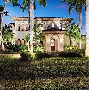 Luxury Home With Private Pool - Walk To Beach And Gulf photos Exterior