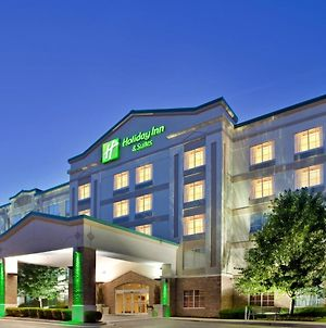 Holiday Inn & Suites Overland Park-Conv Ctr photos Exterior