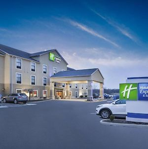 Holiday Inn Express Circleville photos Exterior