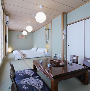 Spacious 3 Bedroom Japanese Apt For 10 Ppl 401 photos Exterior