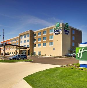 Holiday Inn Express & Suites Findlay North photos Exterior
