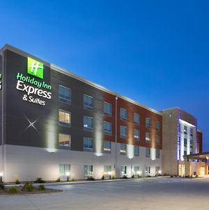 Holiday Inn Express & Suites - Sterling, An Ihg Hotel photos Exterior