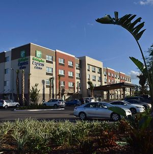 Holiday Inn Express & Suites Orlando - Lake Nona Area photos Exterior