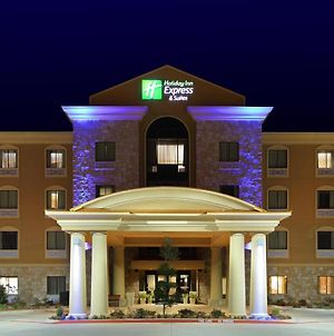Holiday Inn Express Hotel & Suites Texarkana East photos Exterior