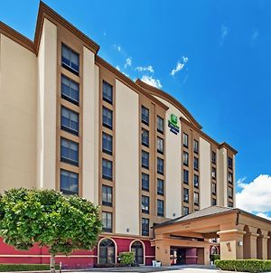 Holiday Inn Express & Suites Houston - Memorial Park Area, An Ihg Hotel photos Exterior