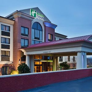 Holiday Inn Expres Suite Greenville Dwtn photos Exterior
